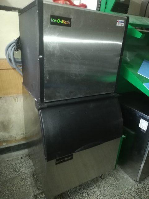 употребяван ледогенератор втора употреба реновиран за баров лед